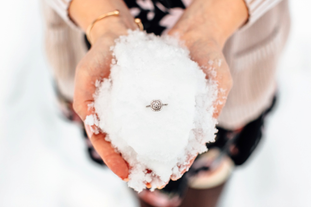 Leavenworth Winter Proposal Photographer Snow Ring Shot