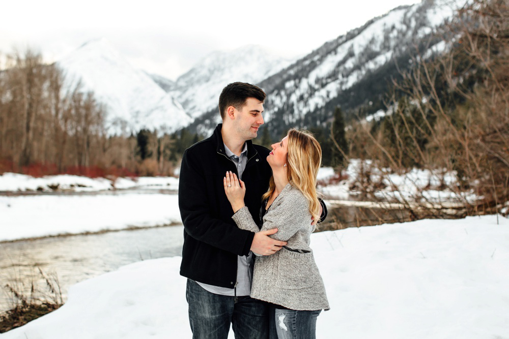 Leavenworth Winter Proposal Photographer