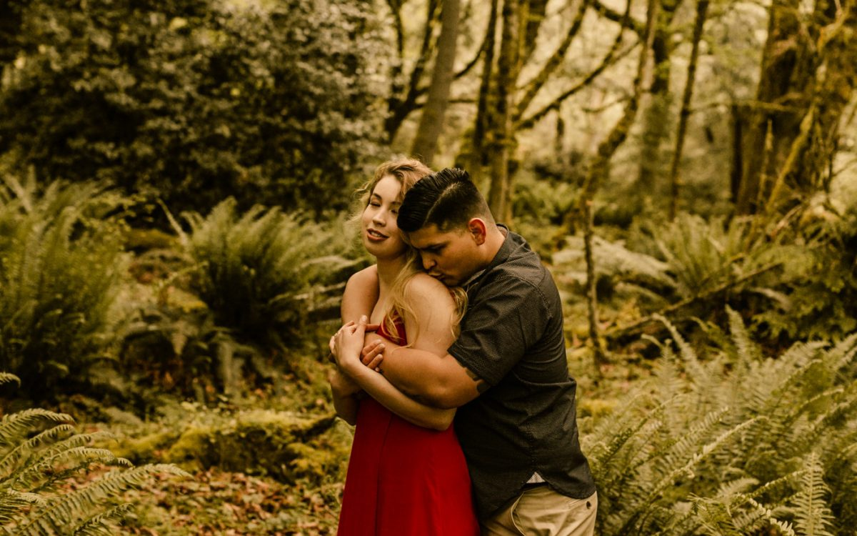 Woodsy Couples Session, Tacoma Photographer