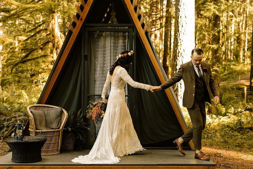 Loloma Lodge McKenzie Bridge Camp Wedding Photographer