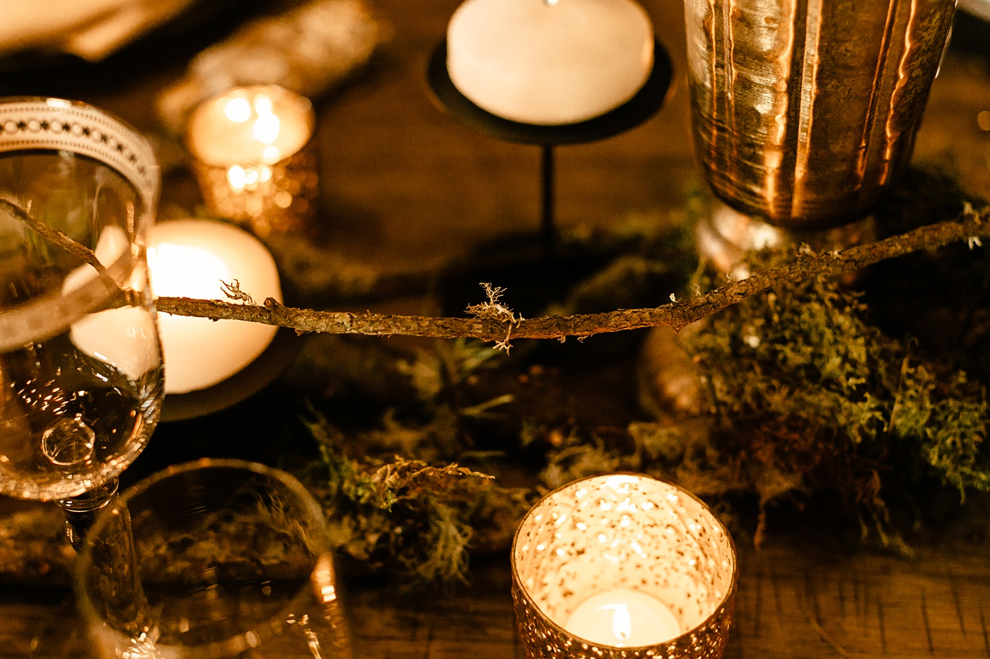 mossy wood pieces natural unique centerpiece sweetheart table set up