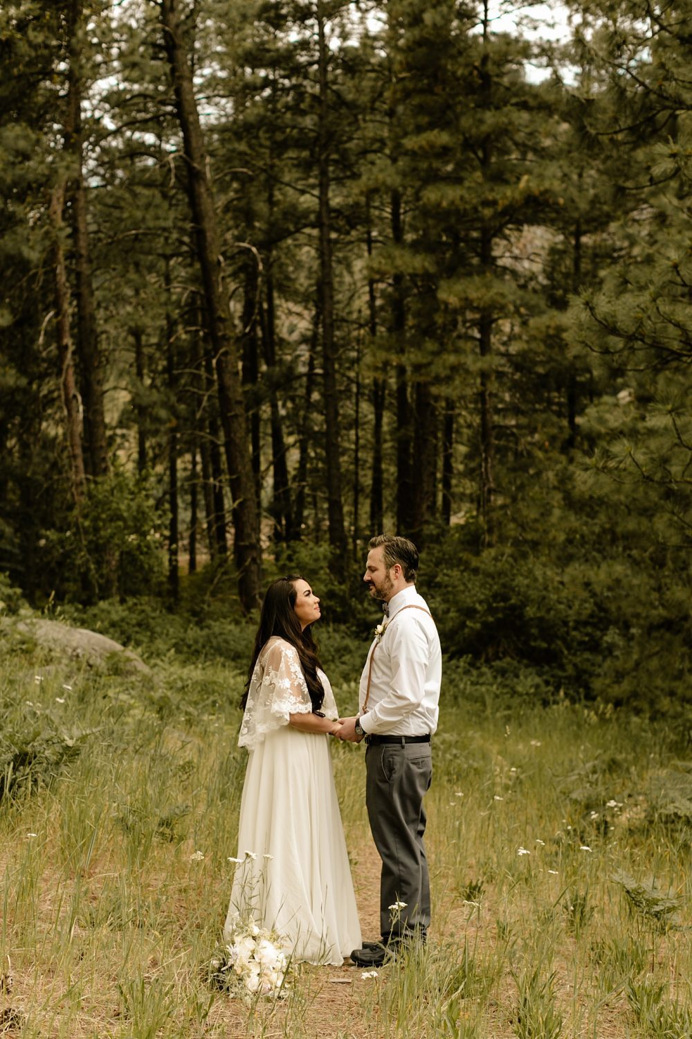airbnb elopement in washington state out in the mountains