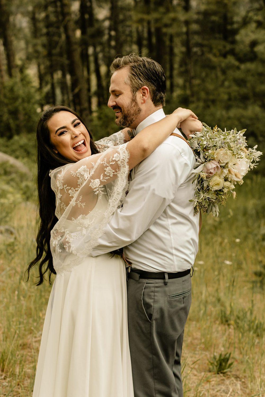 airbnb elopement in leavenworth wedding photos