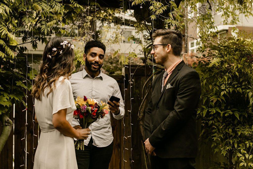 pike place flowers, elopement dress