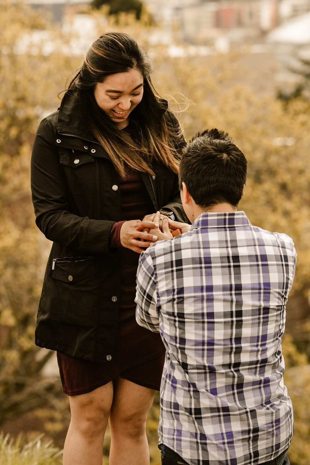 candid pnw proposal photographer