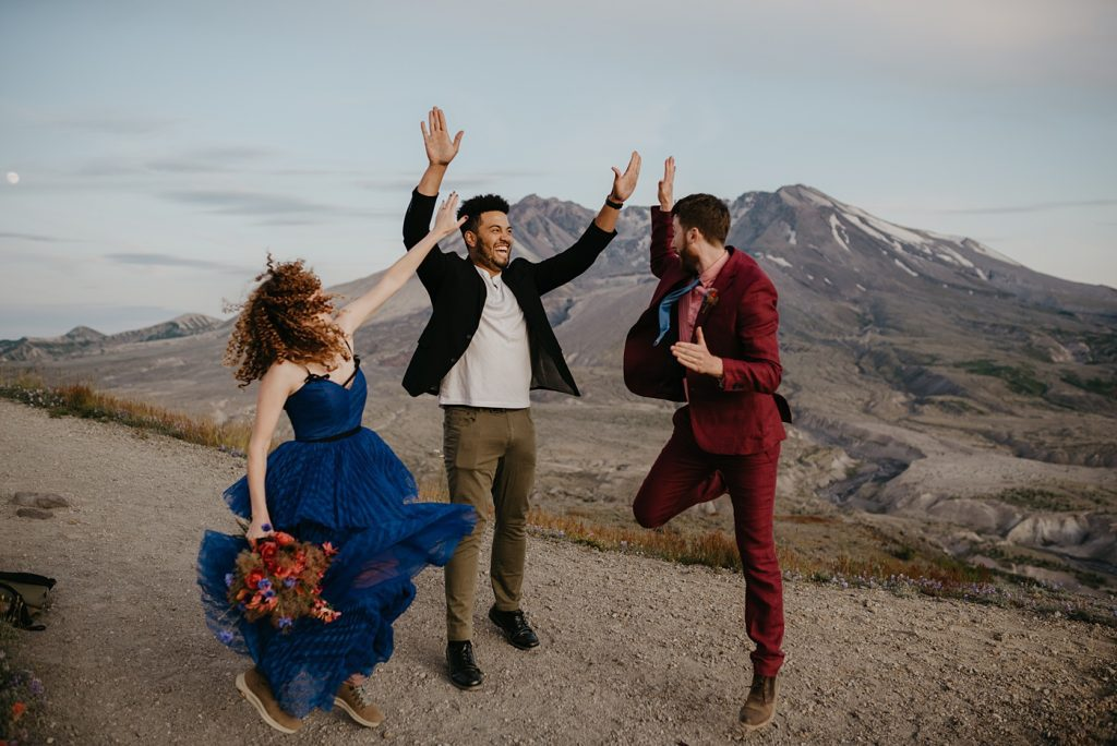 Adventure Elopement Officiant Jimmie portland vendor