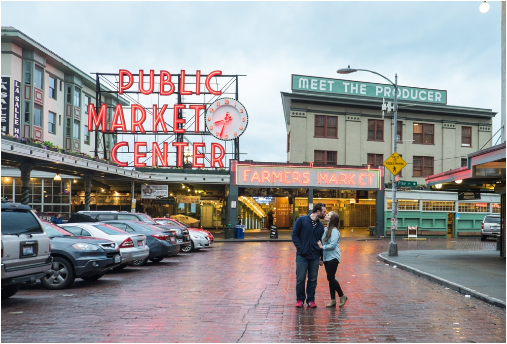 Seattle Washington Pier Pikes Place Market Destination Wedding Photographer Couples Session Downtown Seattle
