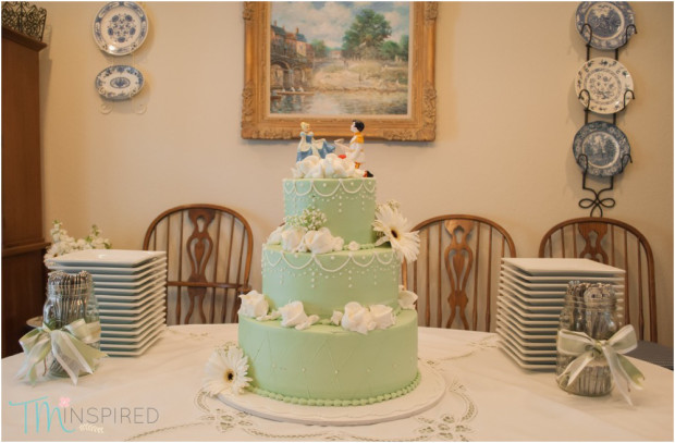 Backyard Wedding Cake Ideas kaylee & nick blake   intimate backyard wedding