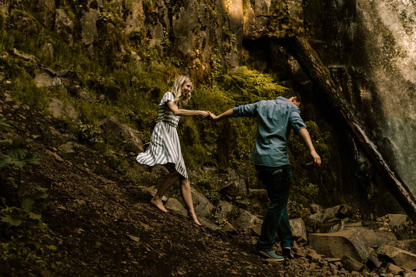 couple going on adventure in the PNW taking engagement photos