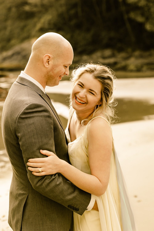 Washington coast wedding elopement photographer