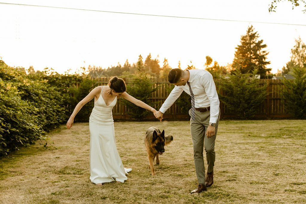 include your dog in your wedding portraits posing tips