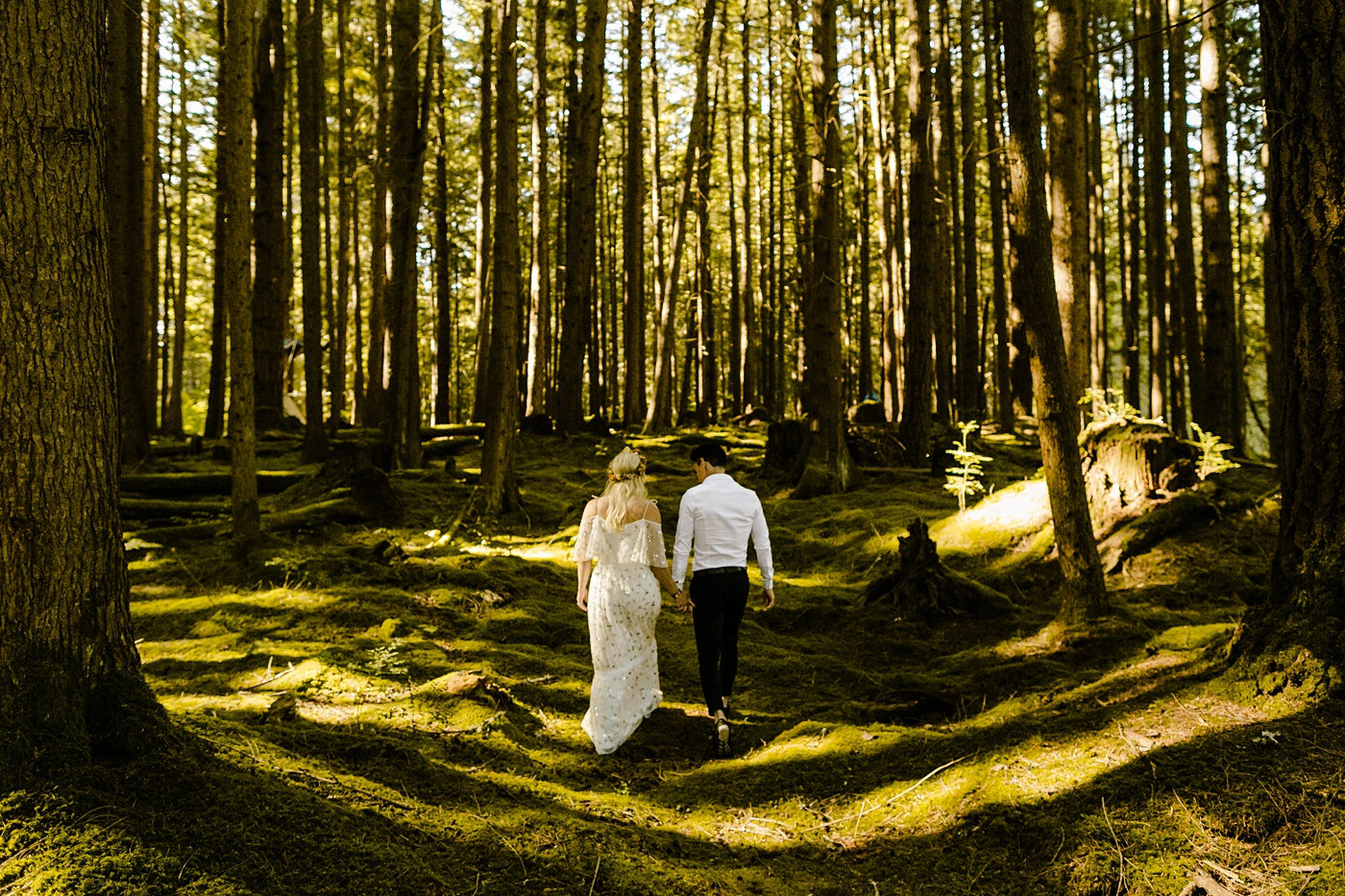 Forest wedding venue PNW photographer