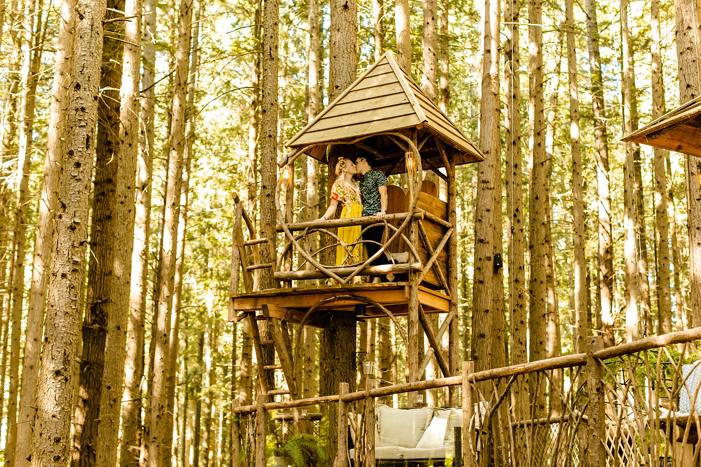 Treehouse wedding venue PNW Photographer