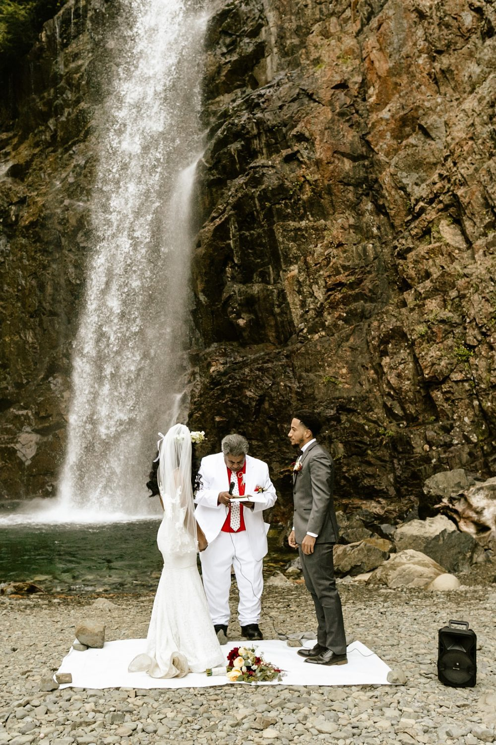 intimate elopement locations in the PNW Franklin Falls