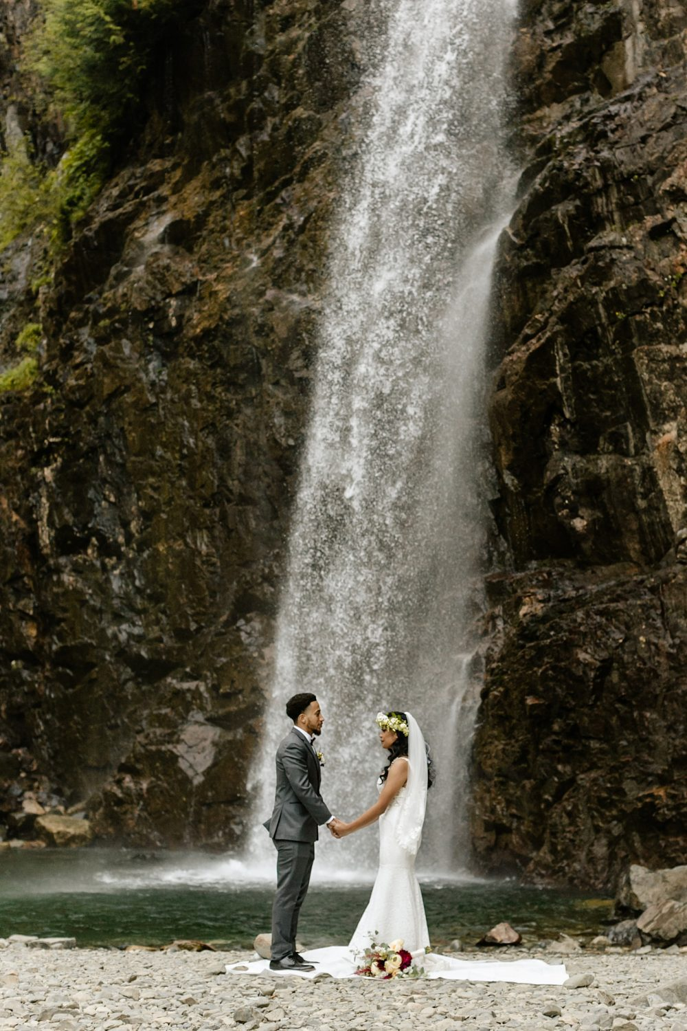 PNW elopement locations waterfall
