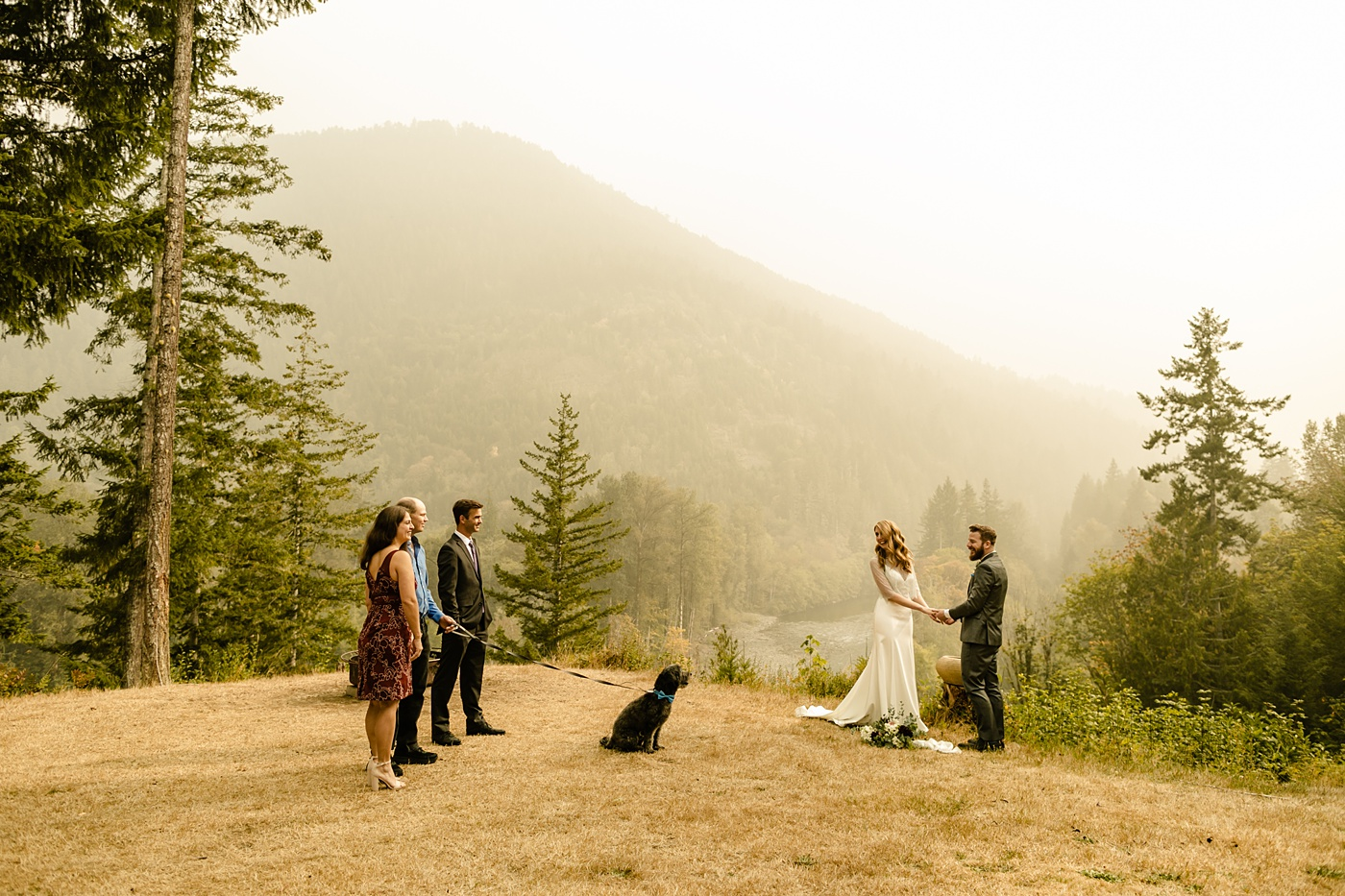 Seattle's Best Airbnb's for Elopements ceremony view photographer