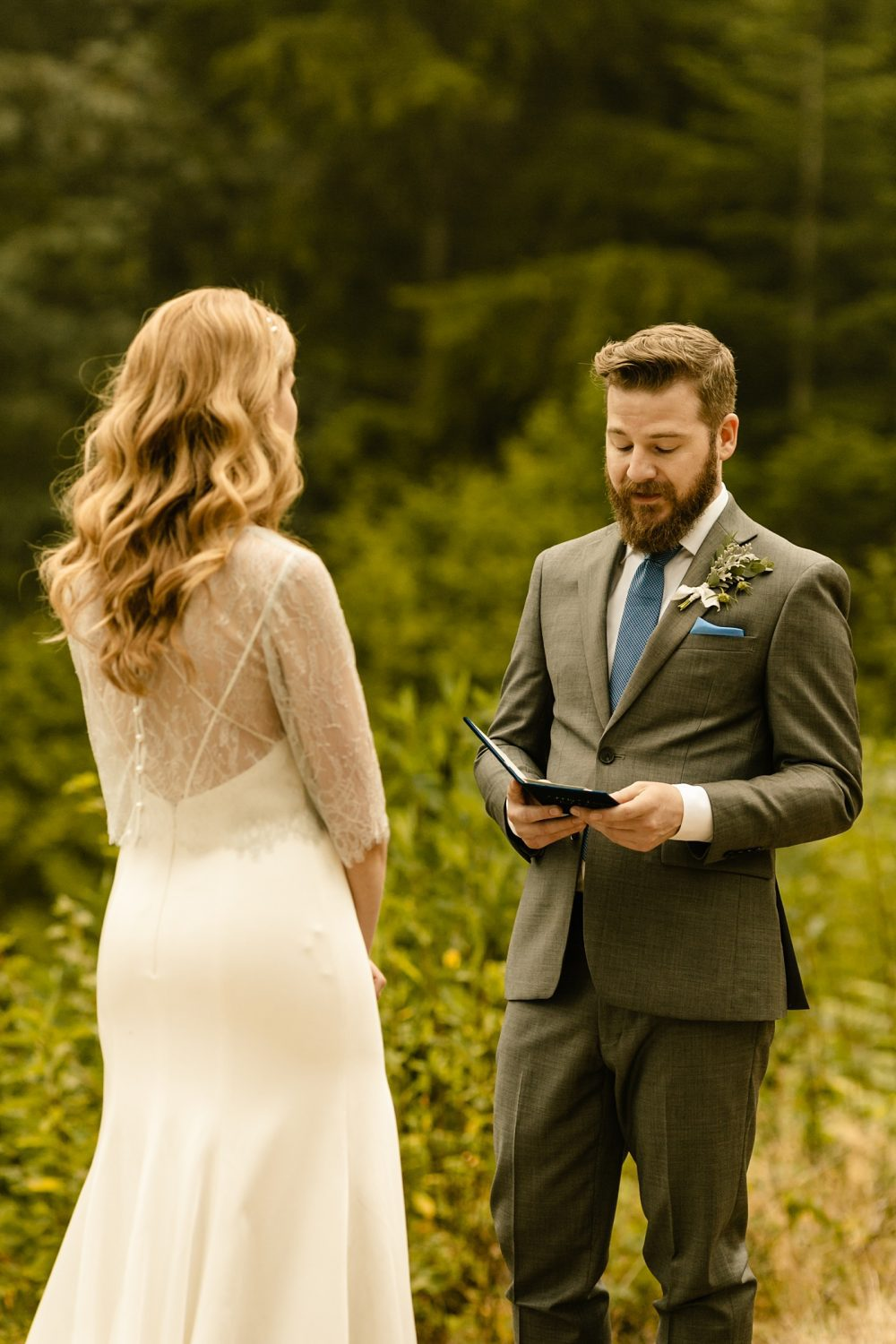 grey suit blue tie groom style wedding