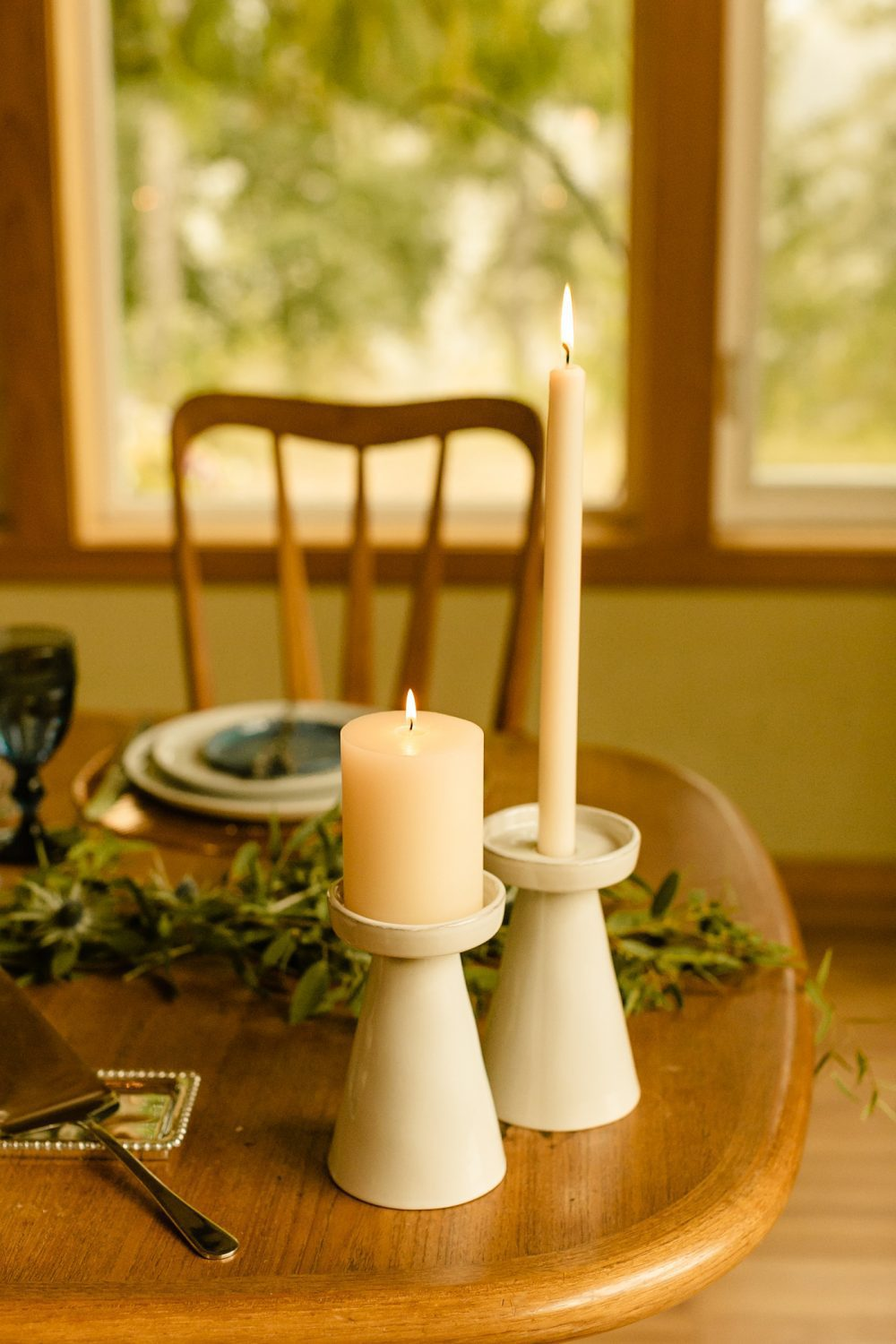 elopement in the mountains sweetheart table decor ideas candles