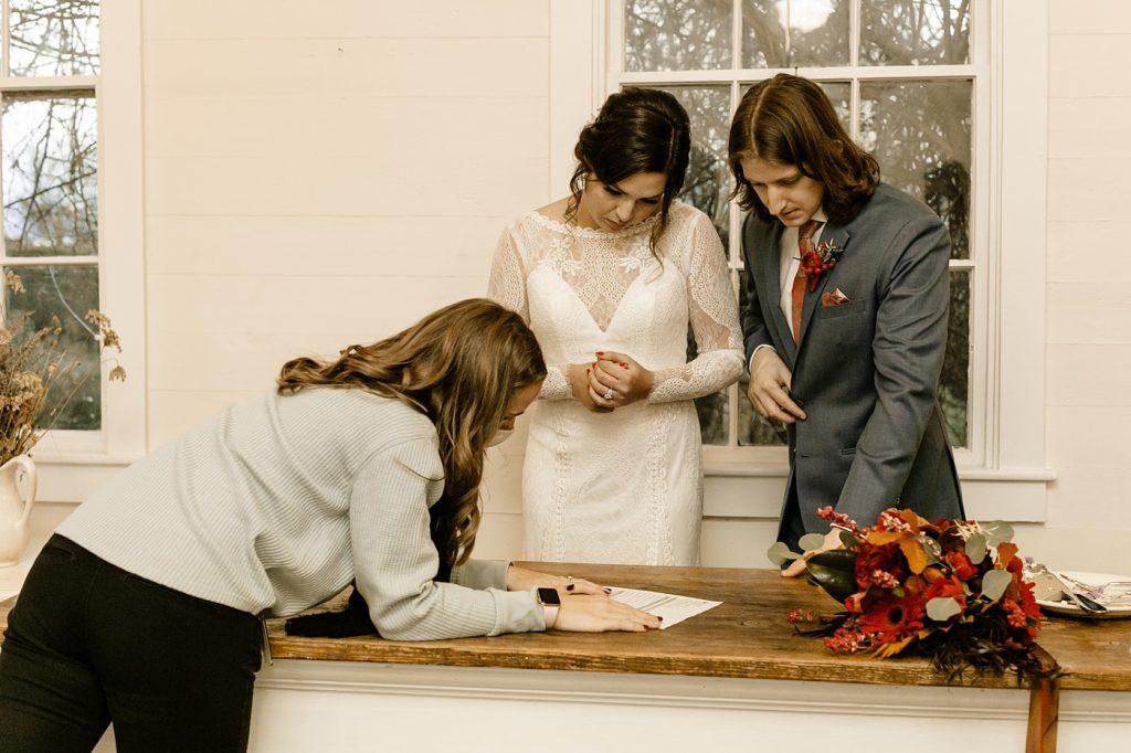 Seattle Wedding Coordinator Emerald Engagements